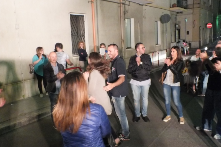 A Taranto e Provincia la seera prima del matimonio si organizza la serenata alla sposa