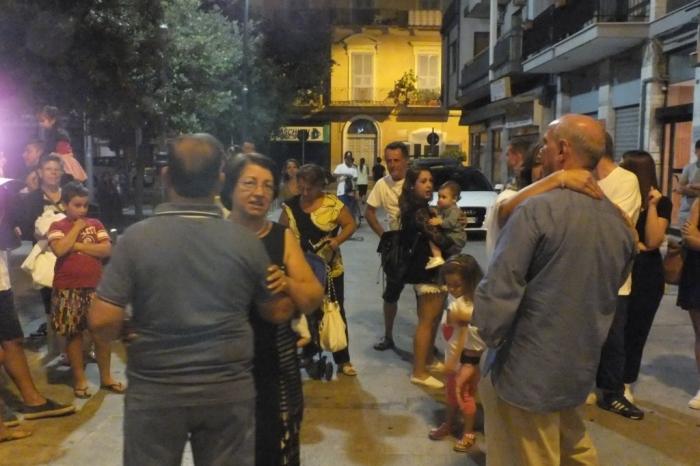 Organizzazione musicale della serenata elegante anella città di Bari