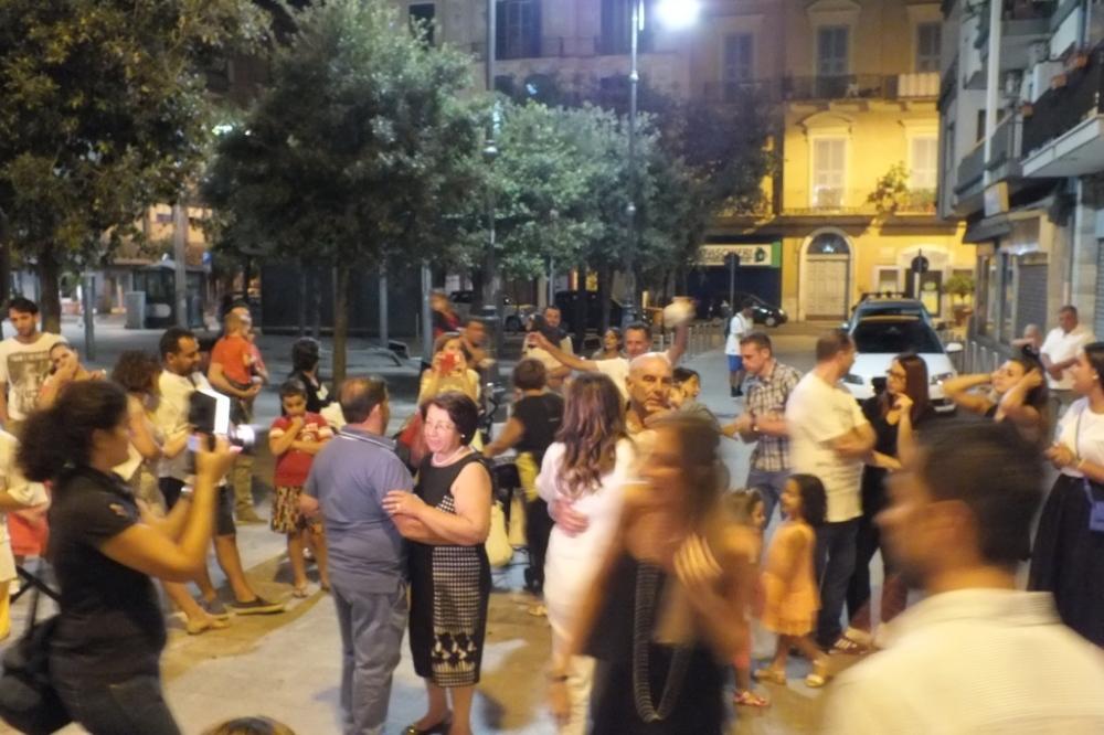 Paolo e Dalila Live organizzano una serenata esclusiva da dedicare alla futura sposa a Bari città