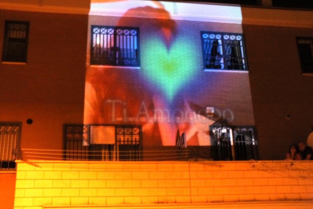 Effetti video per la serenata a Foggia