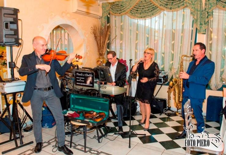Band con sax e violino per musica matrimonio Lecce