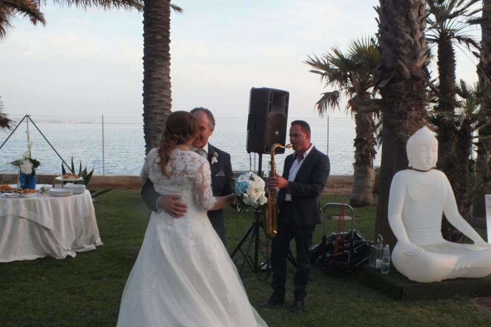 Sassofonista del gruppo musicale per musica matrimonio Lecce Paolo e Dalila Live