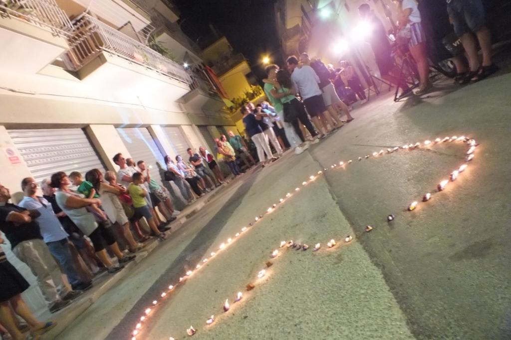 Provincia di Bari, Corato, la serenata