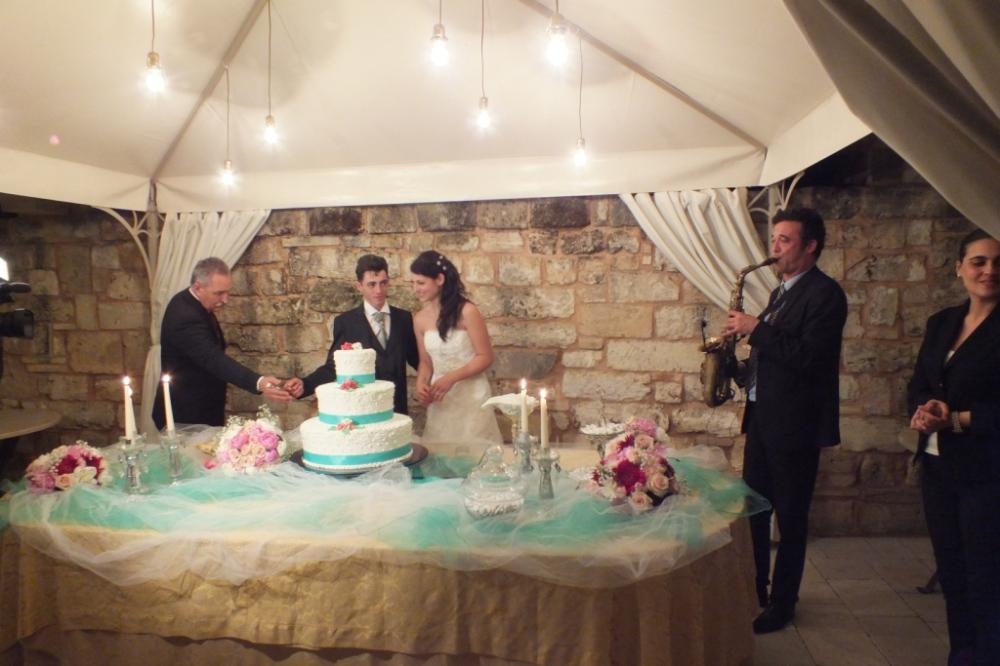 Sassofonista per la musica del taglio torta a Villa Elda