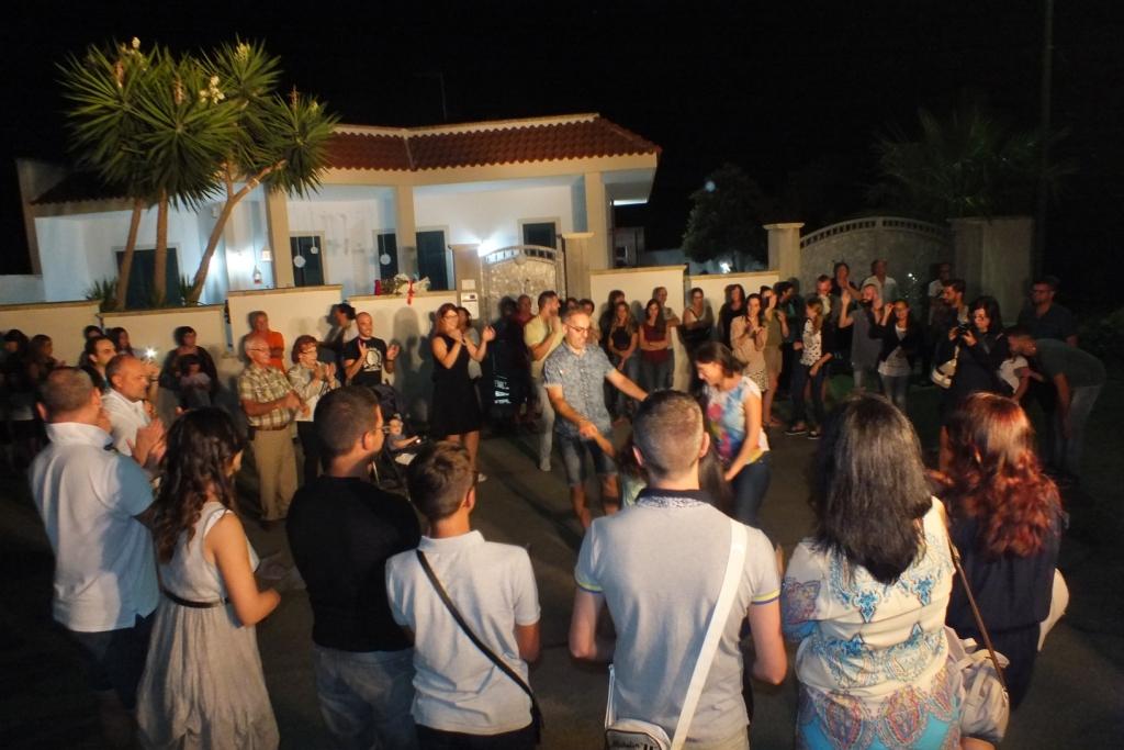 Gruppo per la'nimazione della serenata a Lecce