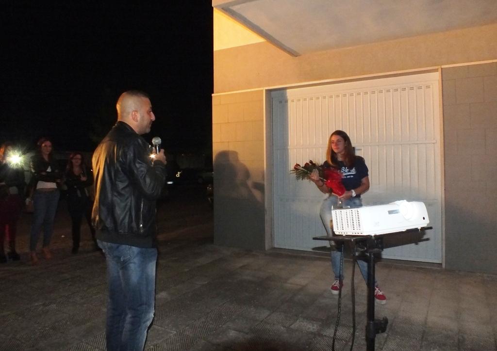 la sorpresa della serenata organizzata a Taranto