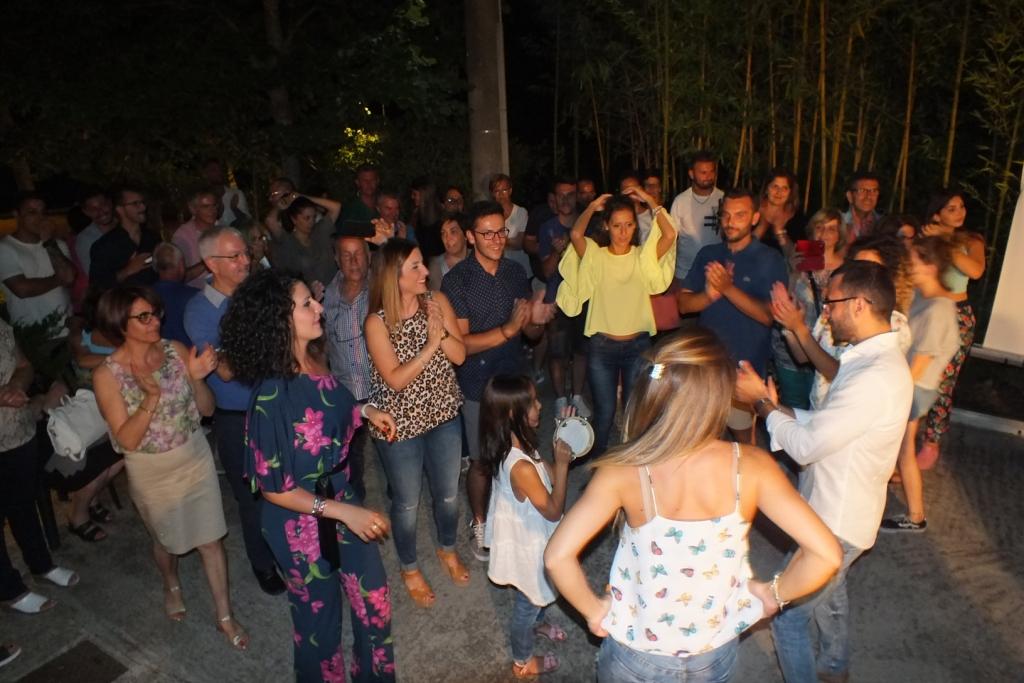 Sorpresa serenata sposa organizzata a Brindisi