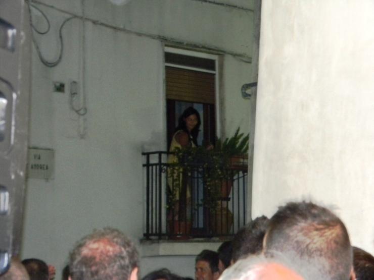 Turi in Provincia di Bari la serenata alla sposa