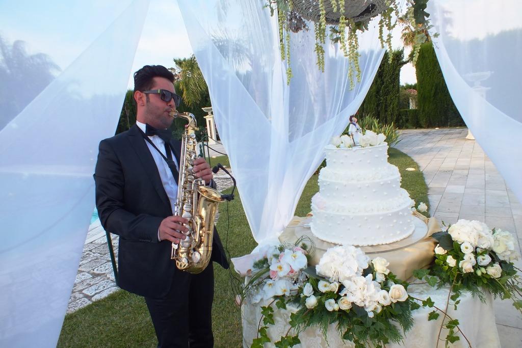 Sassofonista per la musica matrimonio Lecce