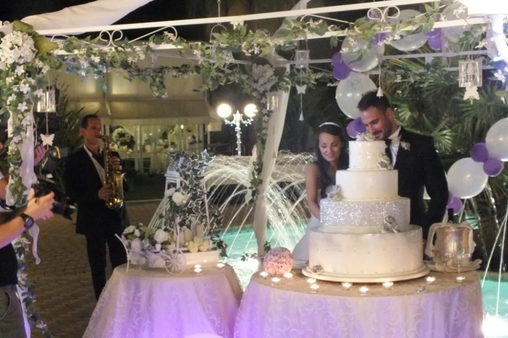 Sax taglio torta matrimonio Lecce