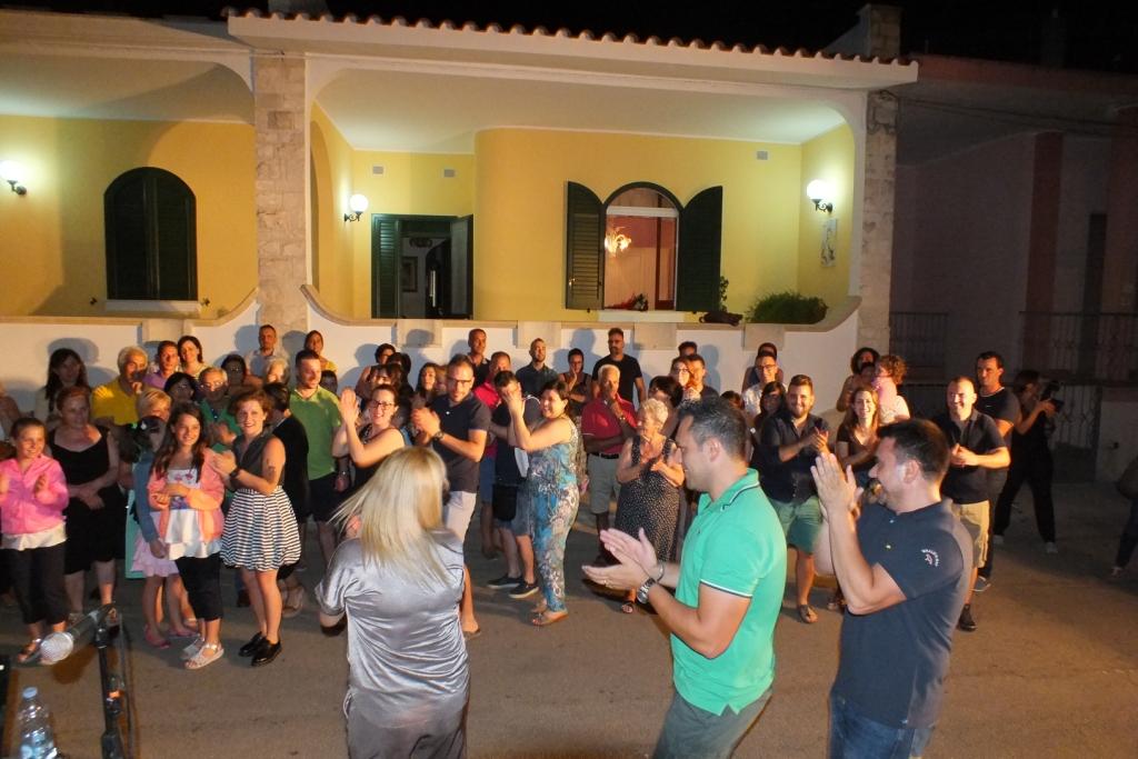 Gruppo di musicisti per la serenata a Lecce