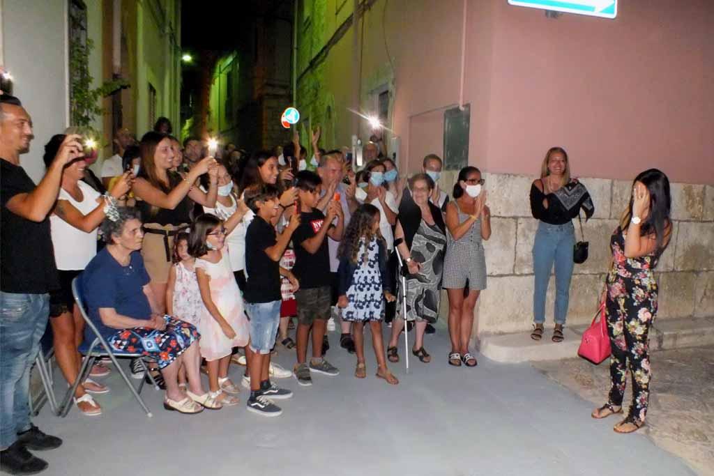 Serenata sposa a Turi Bari