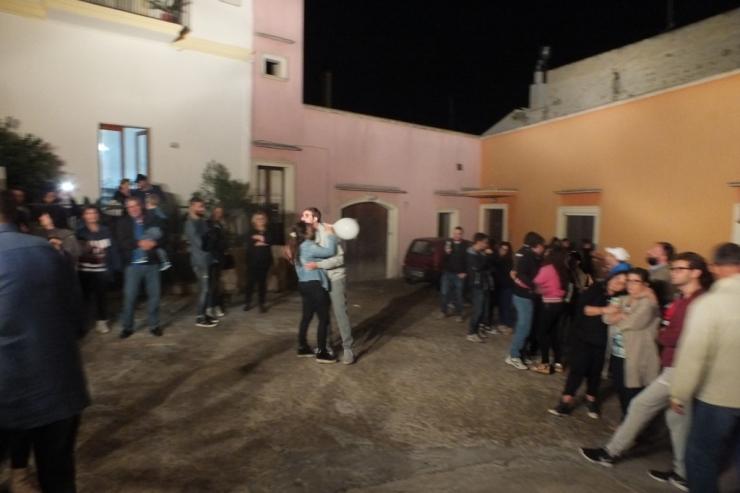 In Provincia di Lecce la sera prima del matrimonio si organizza la serenata alla sposa