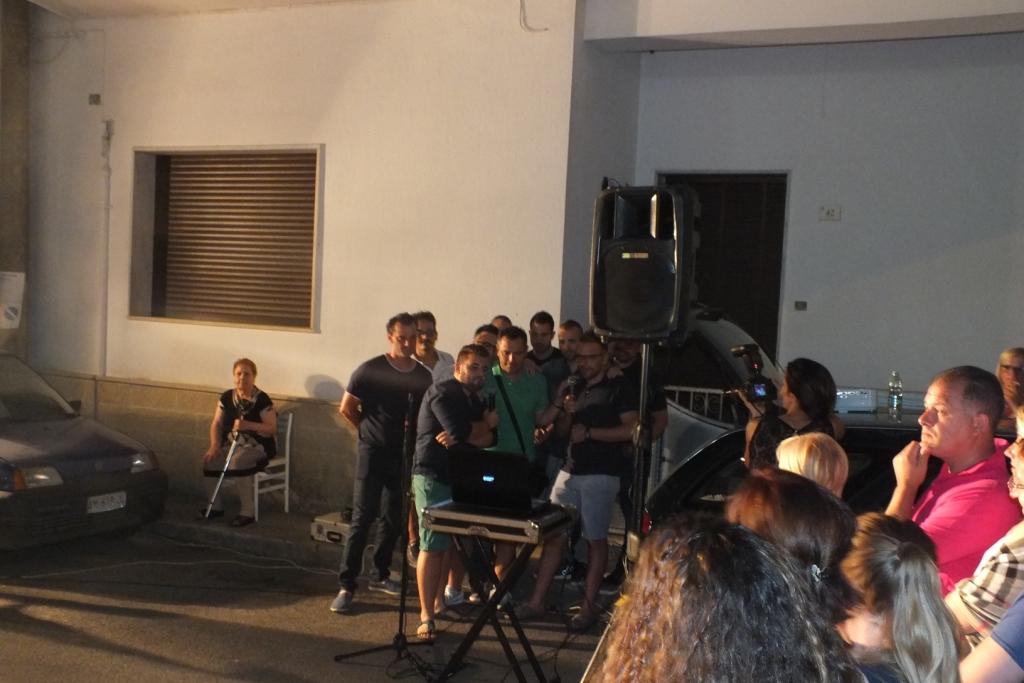 Miggiano, Lecce, la serenata tradizionale