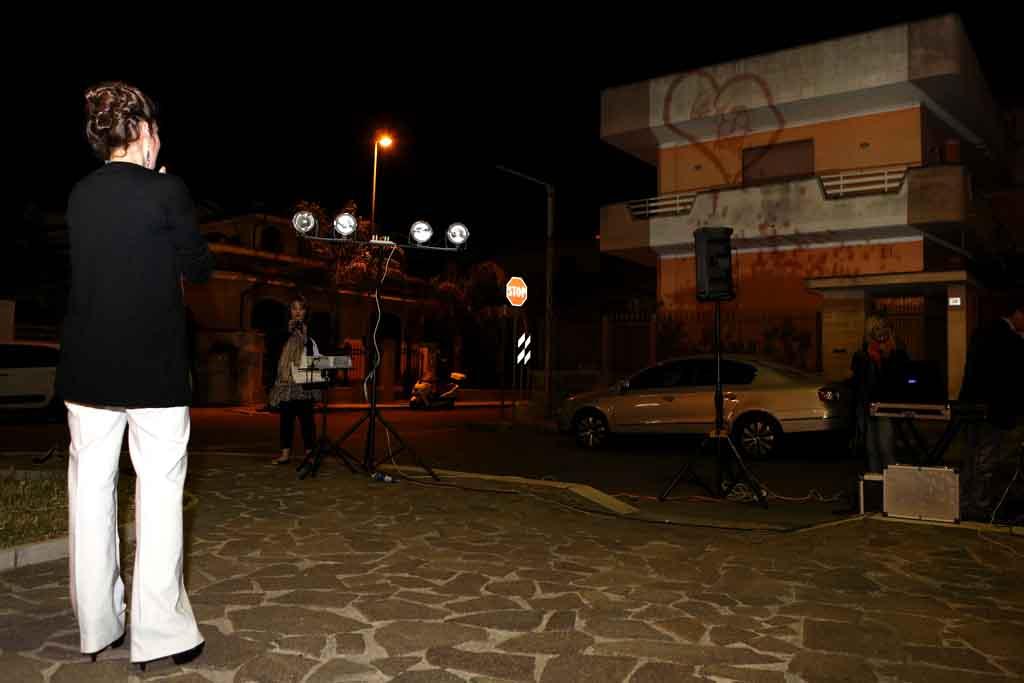 Sorpresa serenata sposa Lecce
