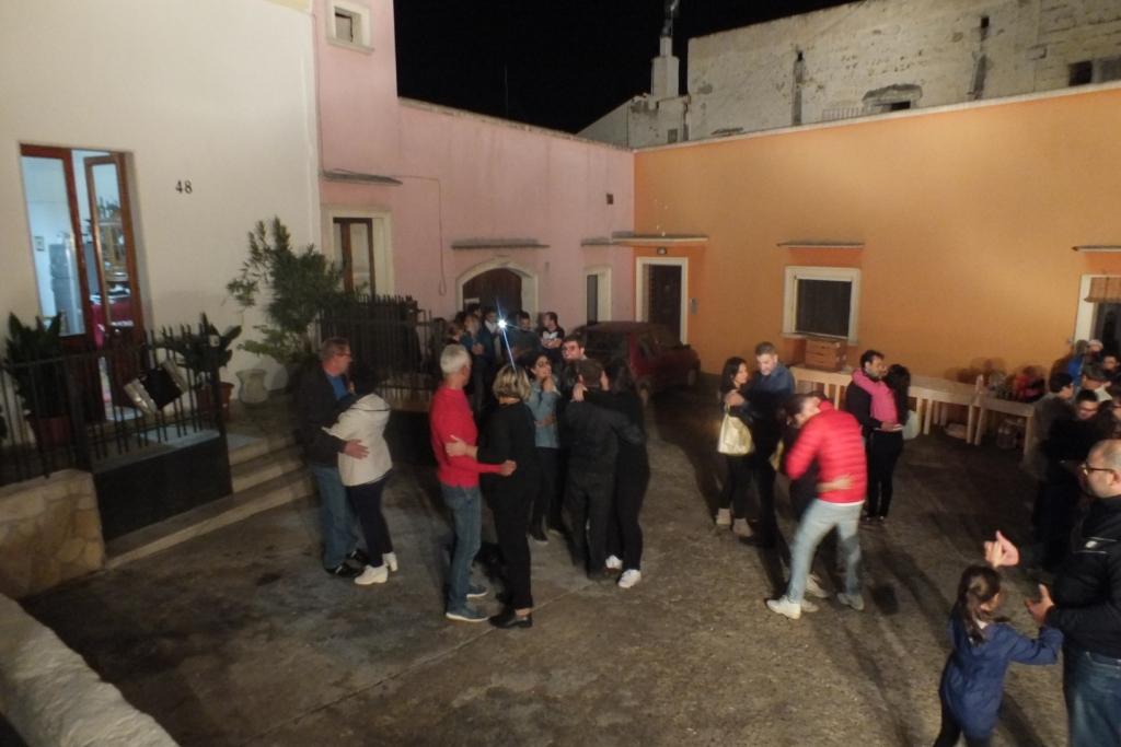 Fare una sorpresa alla futura sposa organizzando la serenata in Provincia di Lecce