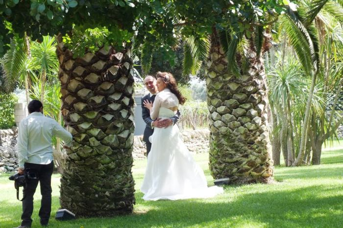 sposi tenuta Moreno