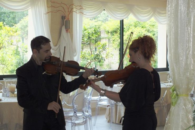 matrimonio a Tenuta mascarini, Lecce, con i violinisti di Paolo e Dalila Live