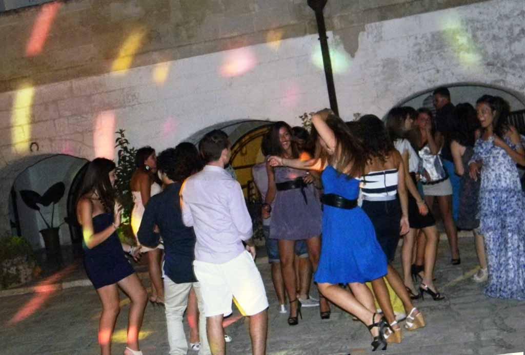 musica festa di compleanno Taranto