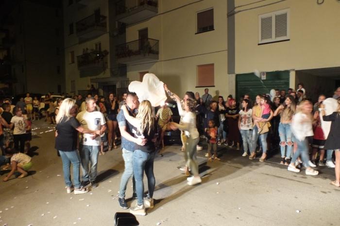 La serea prima del matrimonio a Bari e provincia lo sposo organizza la serenata