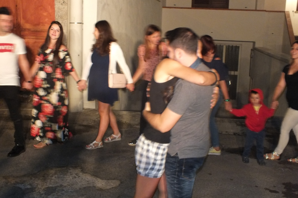 musicisti che organizzano la serenata prima del matrimonio a Lecce e provincia