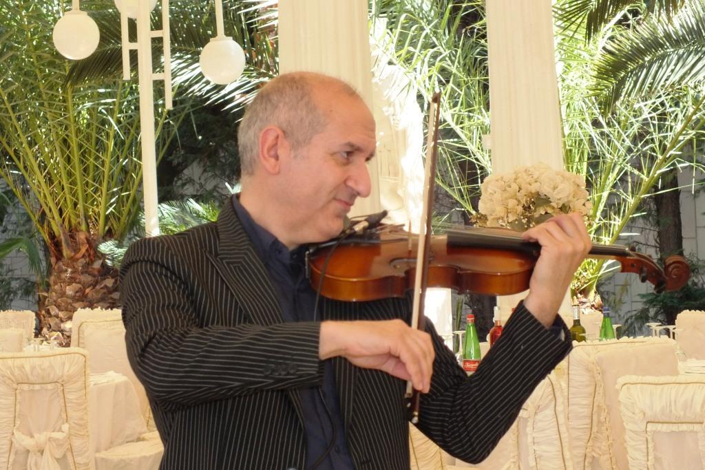 Gruppo musicale con violinista per la musica del matrimonio a Lecce