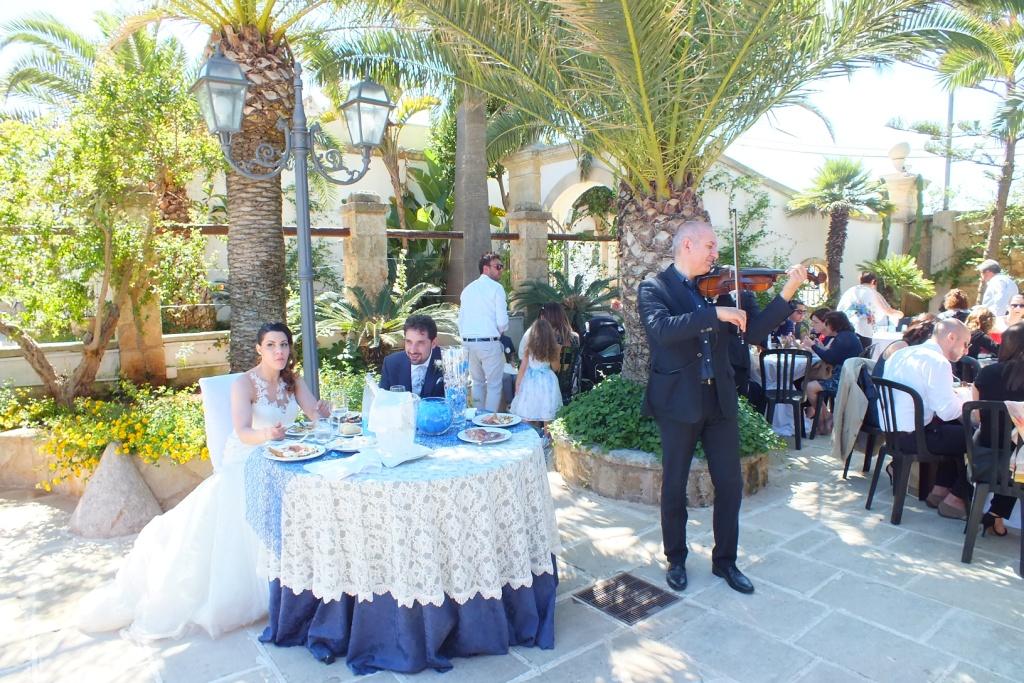 Intrattenimento musicale matrimonio buffet antipasti con ll violinista di Lecce marcello Baldassarre