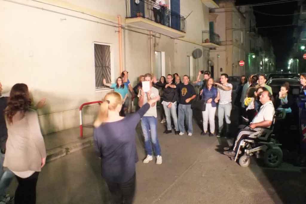 Castellaneta Taranto animaziane serenata sposa