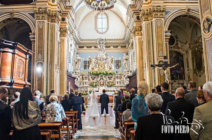 La musica durante la cerimonia religiosa del matrimonio in provincia di Lecce