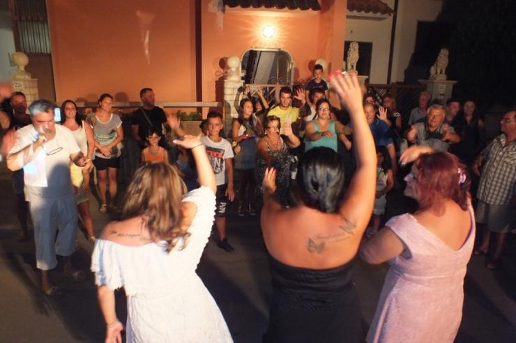organizzare la serenata a Lecce con la musica del gruppo di Paolo e Dalila Live