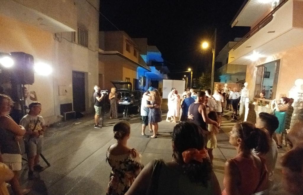 musicisti che organizzano una serenata particolare a Lecce