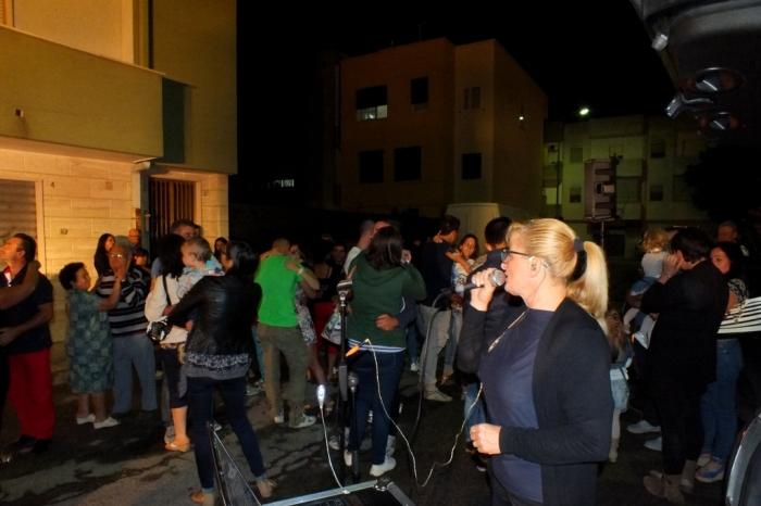 La serenata alla sposa organizzata a Brindisi dal gruppo di Paolo e Dalila Live