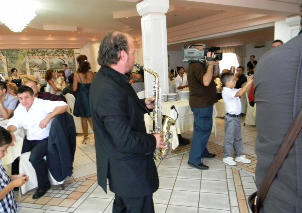 Matrimonio in Provincia di Lecce con la musica del sassofonista del gruppo di Paolo e Dalila Live