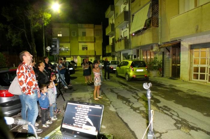Paolo e Dalila Lve organizzano la serenata alla sposa a Brindisi