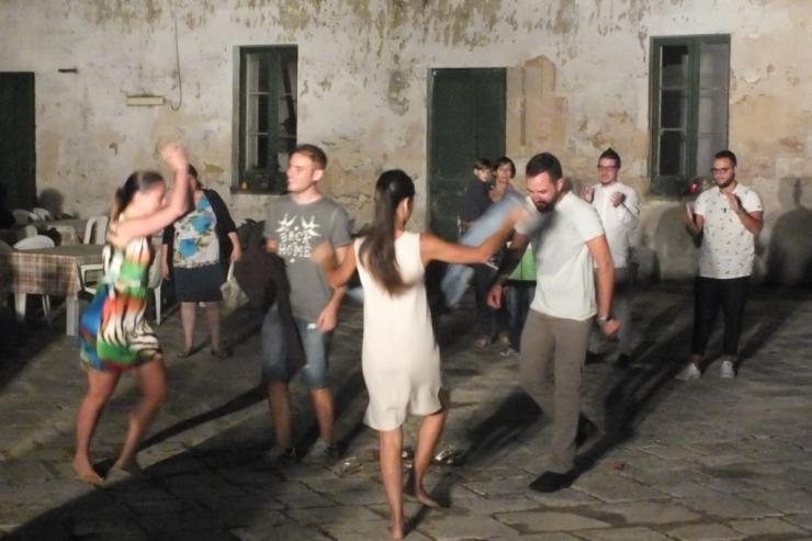 la serenata alla sposa a Lecce con la musica del gruppo di Paolo e Dalila Live