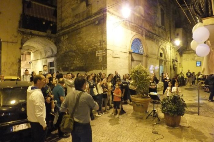 Organizzare la serenata alla sposa tra i vicoli della città vecchia di Bari