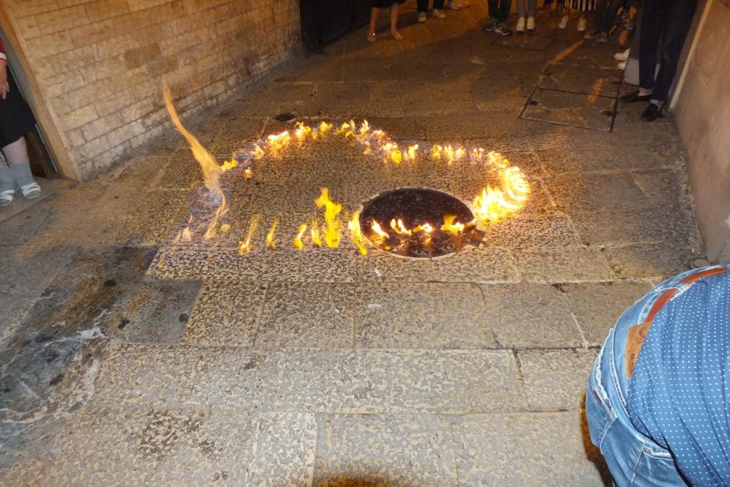 Paolo e Dalila Live hanno organizzato una serenata originale tra i vicoli della città vecchia di Bari