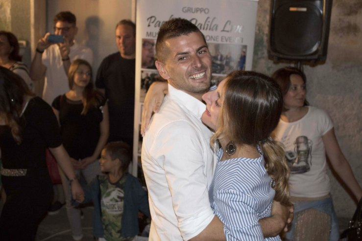 A Taranto e provincia si organizza a sopresa per la sposa la srenata