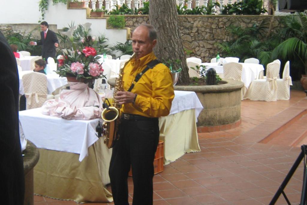 musicista sassofonista per il matrimonio a Taranto