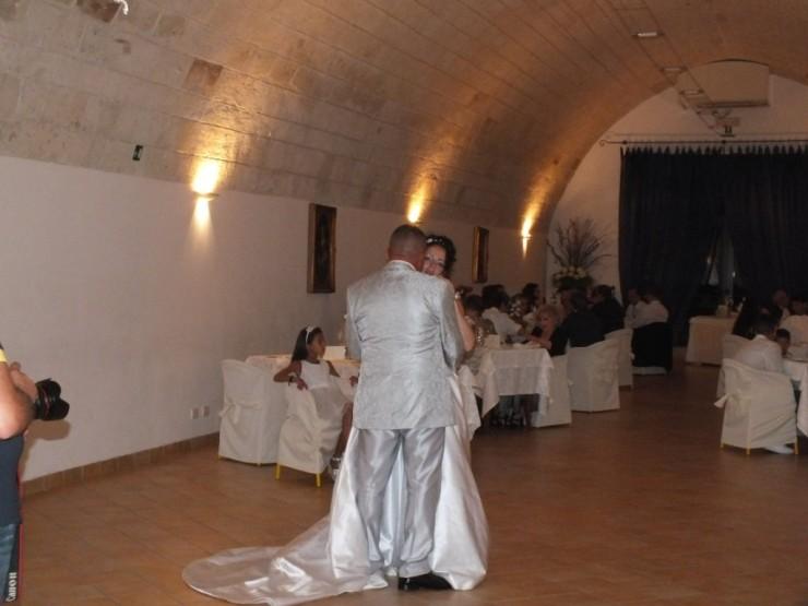 Ballo sposi in sala presso Torre Spagnola a Matera
