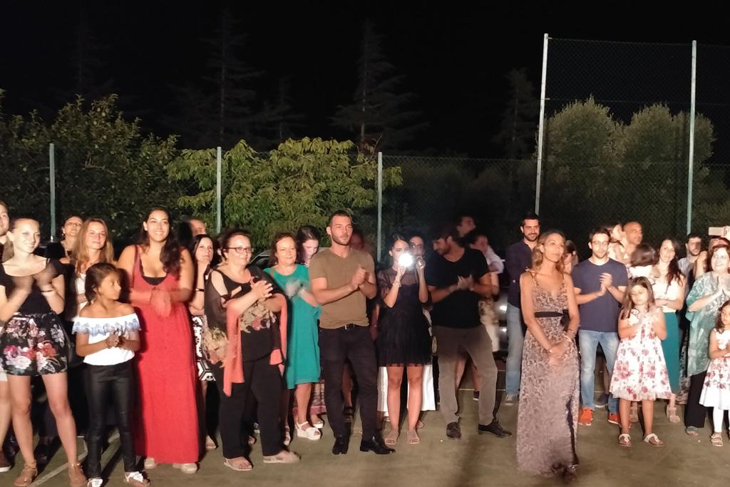 llo sposo organizza per la sposa la sorpresa della serenata a Carovigno