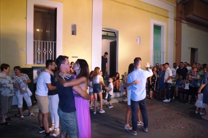 la serenata organizzata di musicisti Oaolo e Dalila live a Presicce in provincia di Leccce