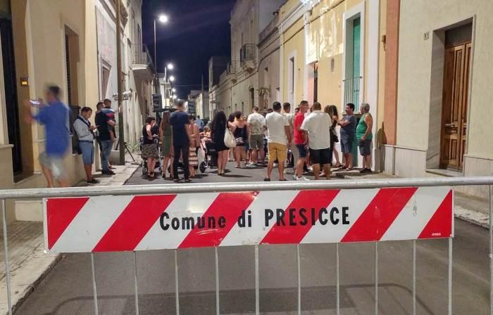 Lo sposo organizza a Presicce in Provincia di Lecce la serenata