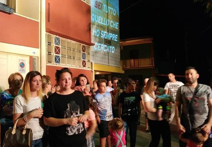 A Sannicandro di Bari lo sposo organizza la serenata