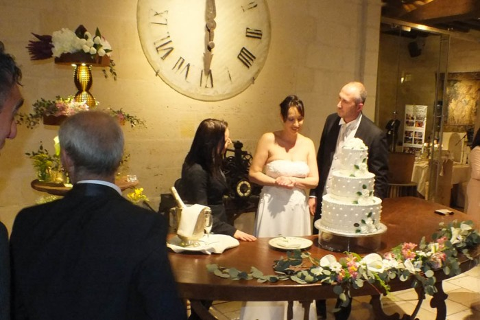 Come scegliere le canzoni per il taglio torta al matrimonio