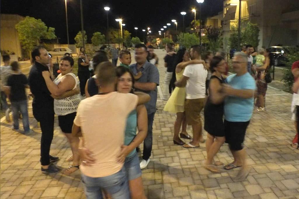 Serenata in Provincia di Lecce con la musica di Paolo e Dalila Live