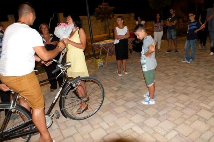 In provincia di Lecce si organizza la serenata prima del matrimonio