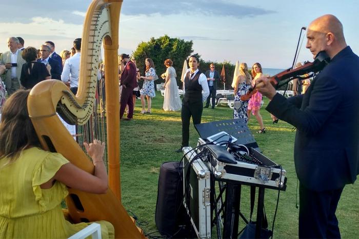 Arpa e violino musica cerimonia matrimonio civile e religiosa Lecce