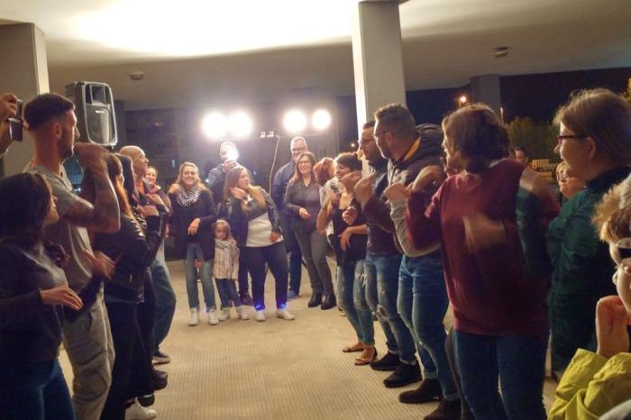 Musica e musicisti che organizzano la serenata a Bari e Provincia