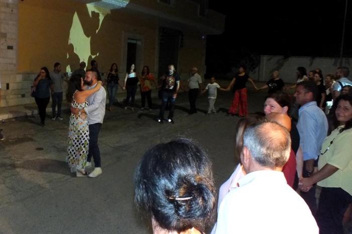 Paolo e Dalila musica per organizzare la serenata a Taranto